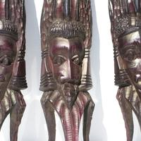 Stora långa masker